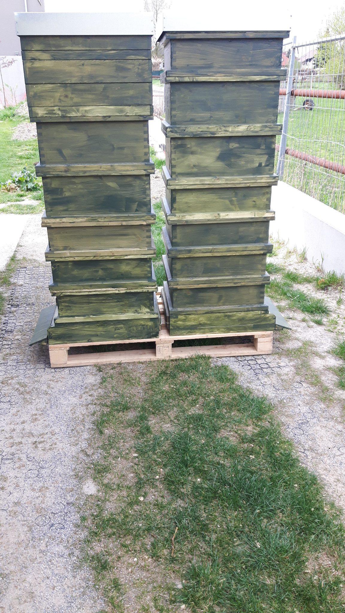 der Honigraum wird aus den schmalen Zargen gebaut